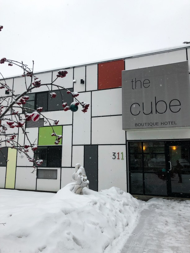 Cube Hotel - Revelstoke