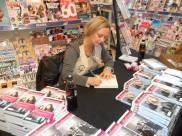 Nattmannensdatter-signering-narvesen-foto_ LisbethKFjelde