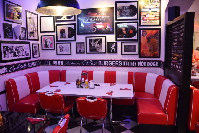 red diner booth