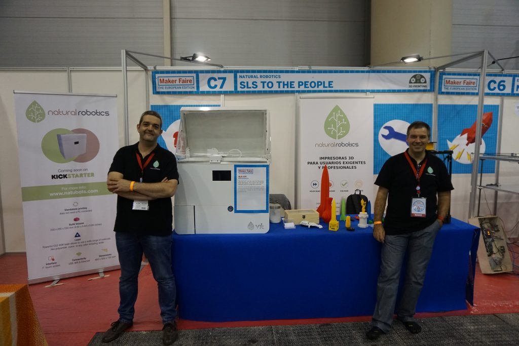 Stand Natural Robotics