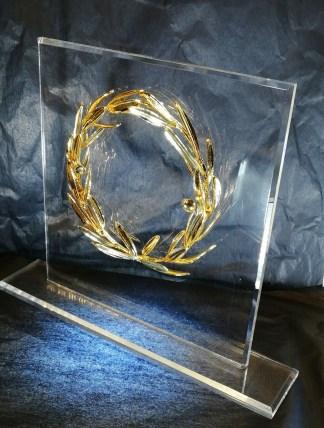 Stand Plexi-glass «Κότινος» Στεφάνι Ελιάς Επίχρυσο Νο2
