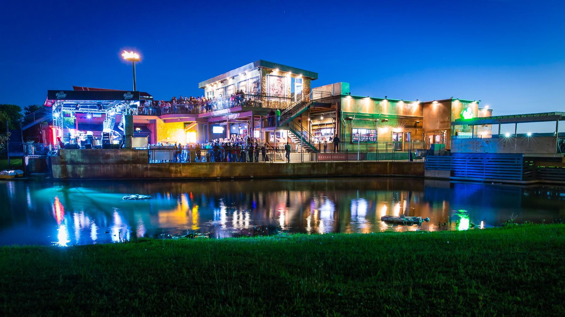 Discover Dallas  Gas Monkey Bar & Grill  Naturalbabydol