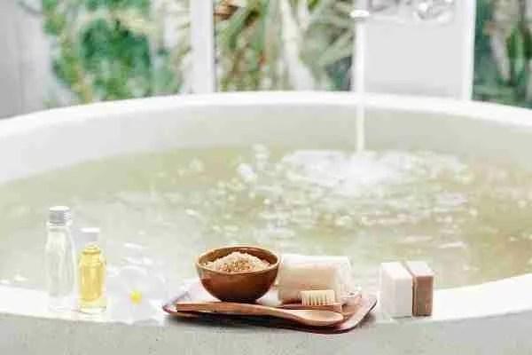 Epsom Salt Soak Bath