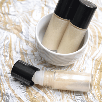 Shimmering Sandalwood Roll-On  Body Oil
