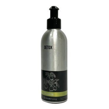Detox Massage Oil made with natural oils for a healthy skin