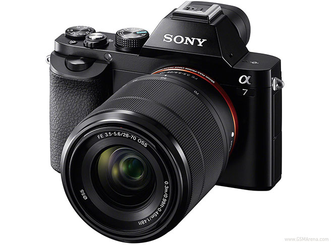 Sony's new A7 Mirrorless camera with a 24 megapixel sensor. Nice looking camera and even better when you see it in action