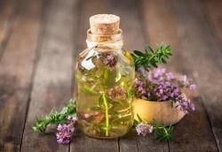 how to make thyme tea for bronchitis