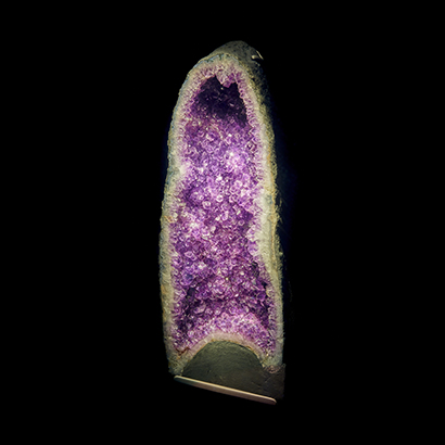 Amethyst Geode Earth Gallery Porthole specimen 2019