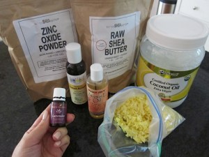 Non-toxic sunscreen that you can make at home!