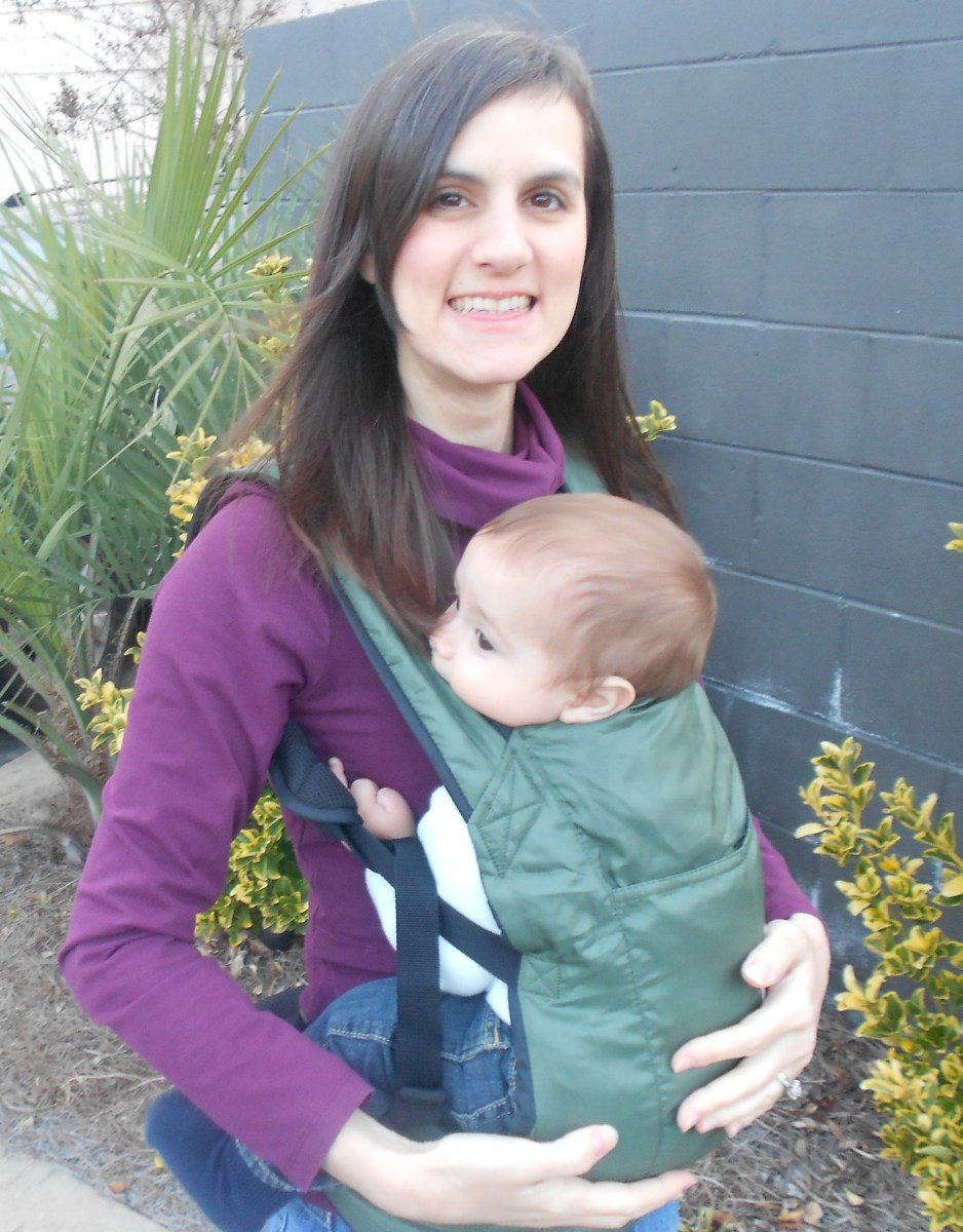 edefbfd3c46 Ergobaby Stowaway Travel Carrier – A Little Bit of All of It