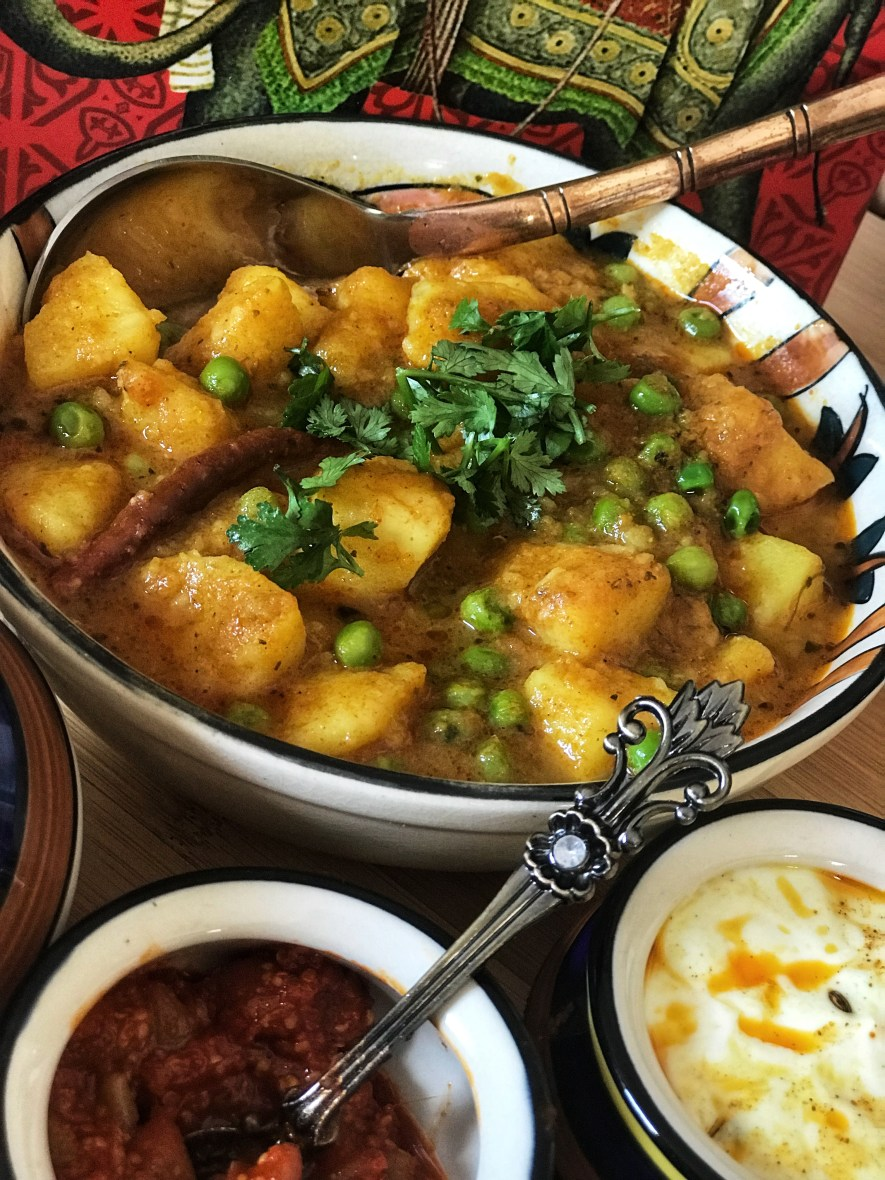 12 minute Instant Pot Aloo Matar - a spicy, flavorful Potato-Peas Indian curry which is a great meal option for busy weekdays.