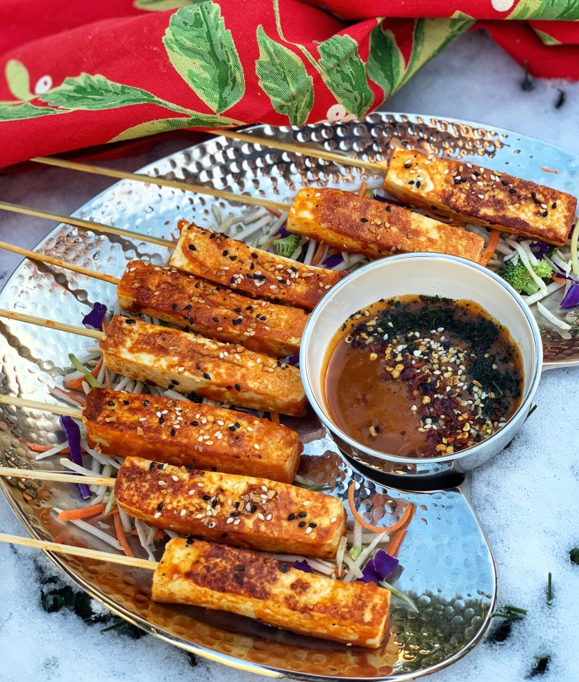 Thai Paneer Satay , infused with dynamic flavors is an excellent recreation of the traditional Indian kebab. Marinated in coconut milk , lemongrass and Thai curry paste, and grilled on fire, these kebabs are just waiting to be eaten!