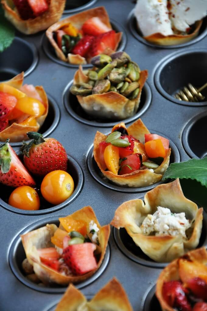 Strawberry and Cheese Wonton Cups