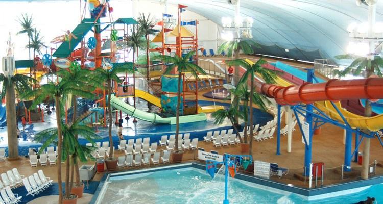 Indoor Water Park Resorts Worth A Road Trip | Naturally Stellar
