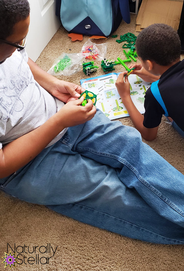 STEM and STEAM activities to keep kids busy. Geckobot play   Naturally Stellar