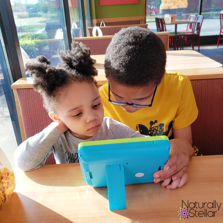 STEM and STEAM activities to keep kids busy. Tablet Fun | Naturally Stellar