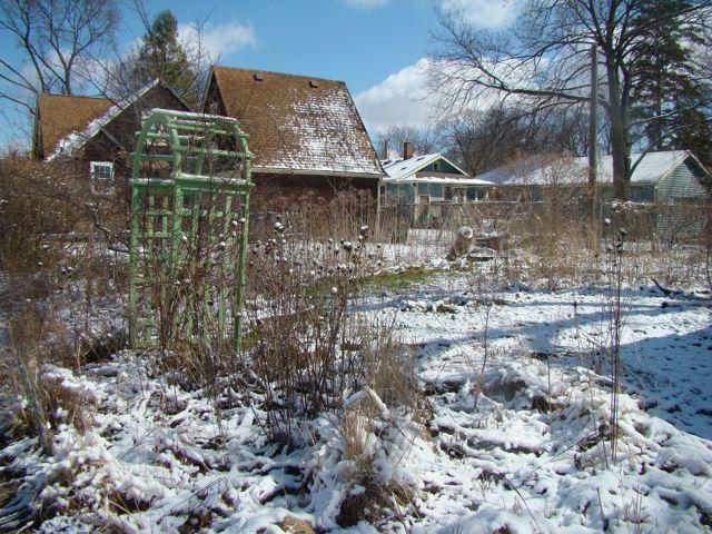 April snow trellis