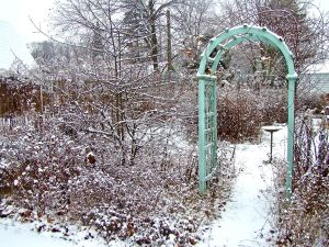 arch in winter 2