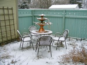 patio in winter jan 07