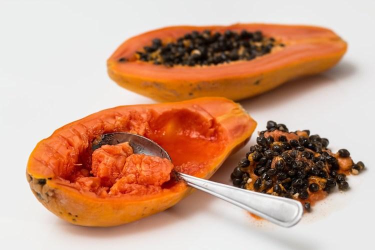papaya healthy fruit salad
