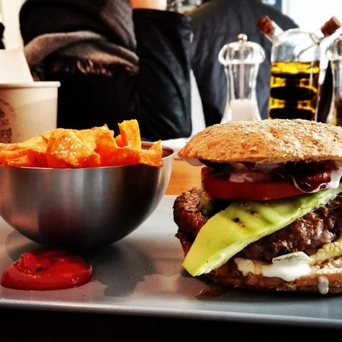 Fast Food ist für uns schädlich