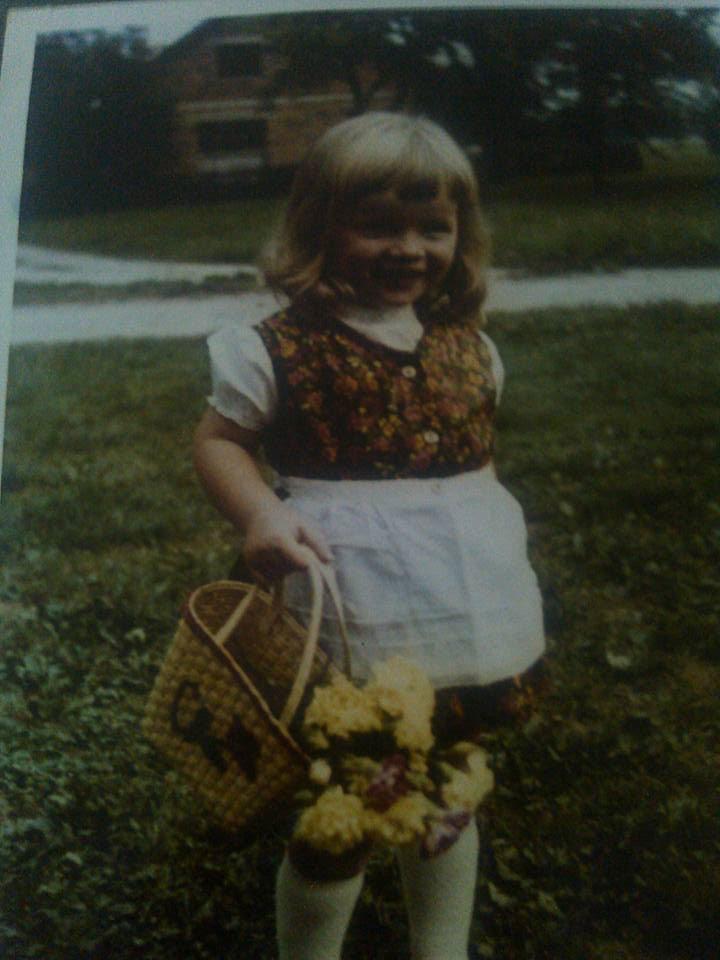 Mateja Petje Slovenia childhood picture flowers basket Happy