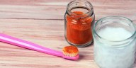 Whiten Teeth DIY_Look Whiter