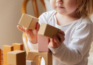 5 Best Wooden Toys for One Year Olds