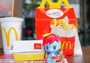 Why major fast food outlets are ditching plastic toys