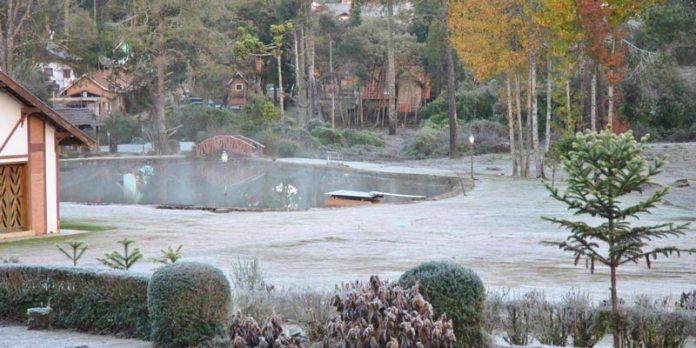 Monte Verde no inverno - Geada foto
