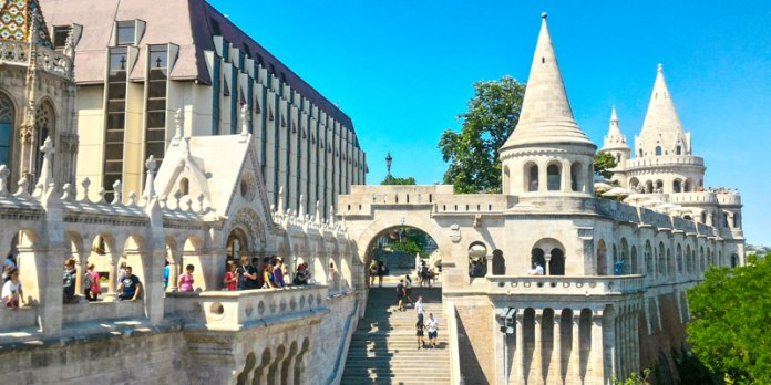 Fishermans Bastion - Budapeste foto