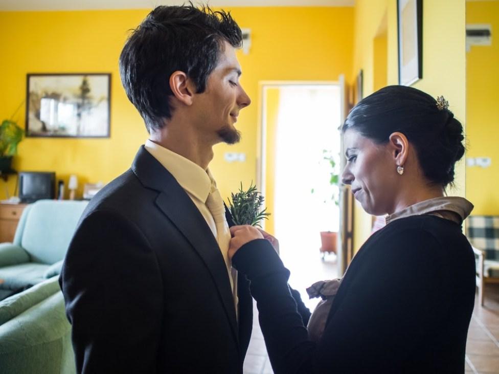 Menyasszony és vőlegény együtt