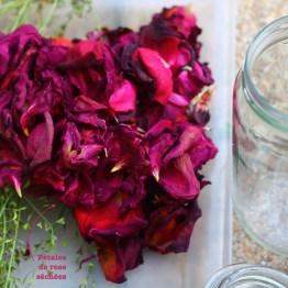 Sécher les pétales de rose