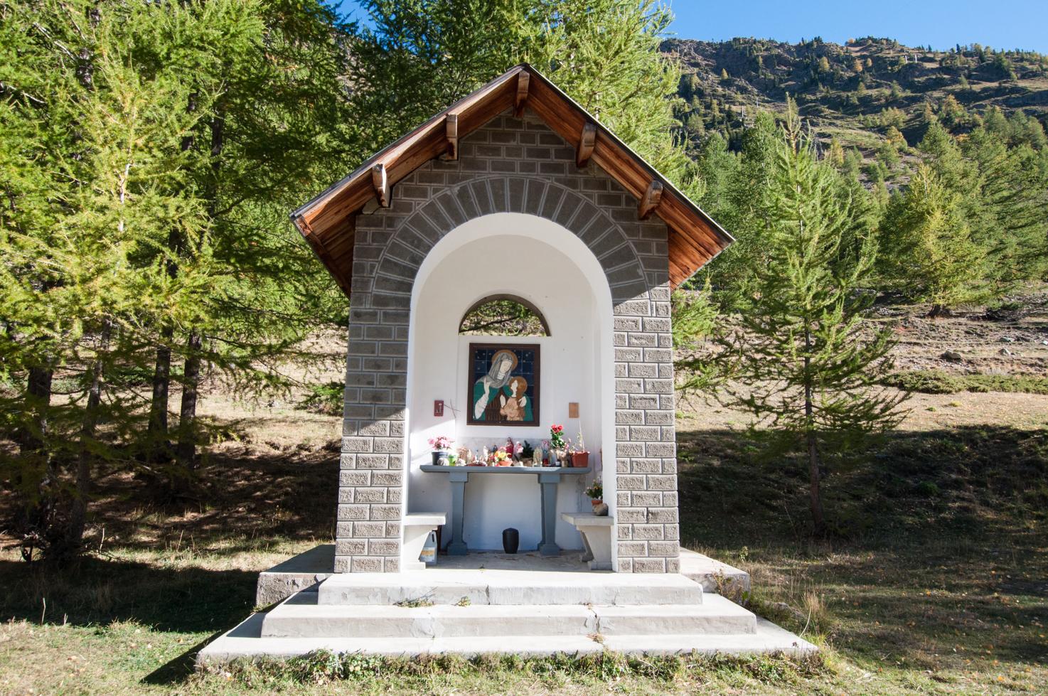 Sanctuaire après le pont de Chastellar