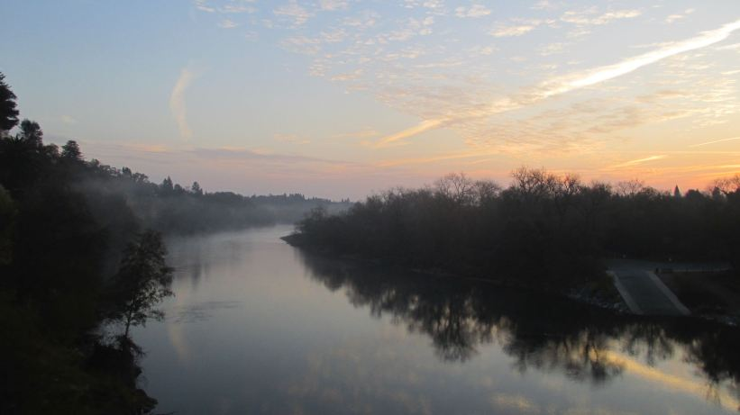 sunrise, morning, Fair Oaks Bluff, Fair Oaks Bridge, American River, mist, clouds