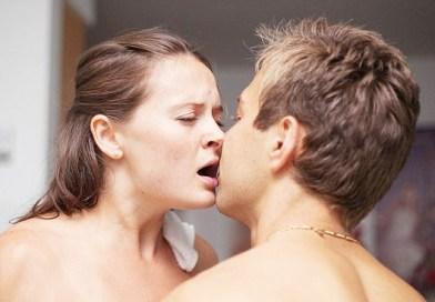Le super-pouvoir secret du baiser pendant l'accouchement
