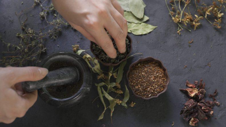 Les plantes à consommer en infusion après une fausse couche