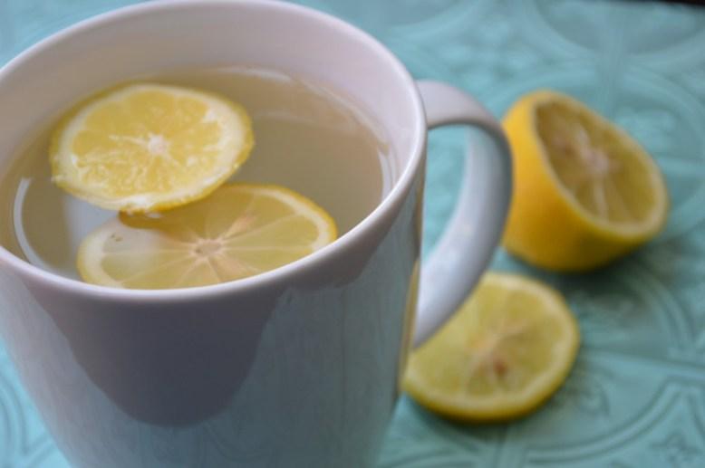jus de citron chaud avec du miel