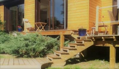 NATURELLEMENT BOIS CONSTRUCTION TERRASSE BOIS CHARPENTE  escalier pour  terrasse surélevée.