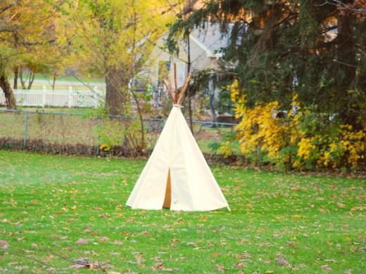 teepee autumn2 sm
