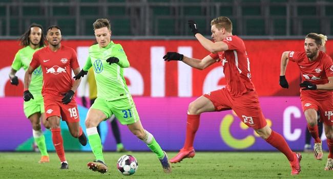 Leipzig Waste Chance To Knock Bayern Off Bundesliga Summit