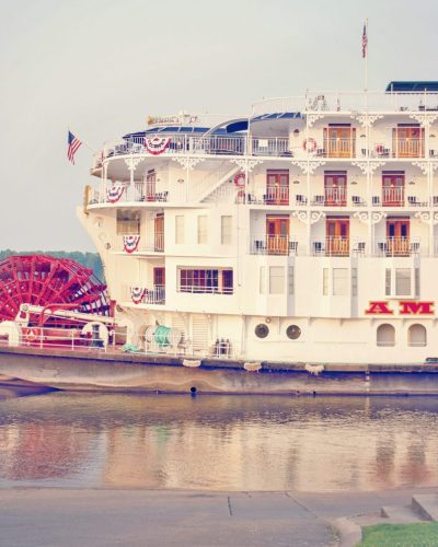 paddle wheel on American Queen steamboat