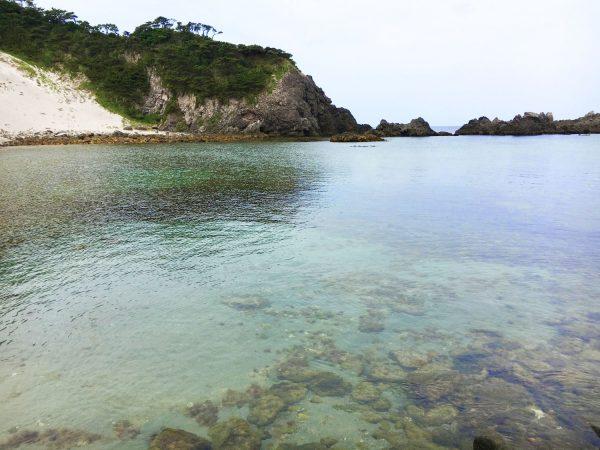 大浦海水浴場の透き通る海