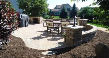 stone-patio-naturescapes-design-2