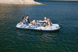 Intex Excursion 4 on water with 5 people