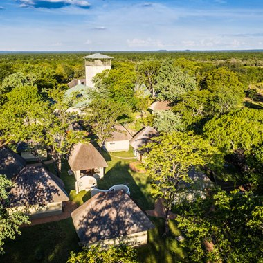 Lodge-in-Hwange-(1)