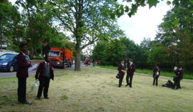 Native Tree ID and pollution survey Lambeth London school