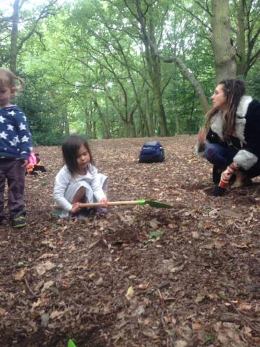 children outdoor play Streatham Common woodland