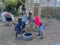 First Free forest school after school activity for Granton primary school children Lambeth-2
