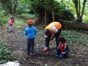 Family activity Knights Hill Wood Lambeth London-5